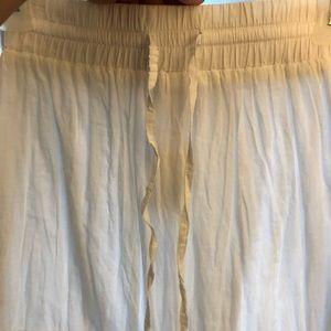 White maxi skirt 🌸🌼